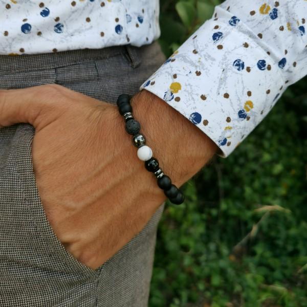 Bracelet pour homme oeil de tigre et crâne